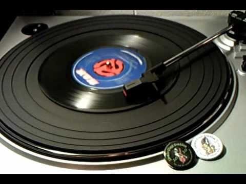 45's - Ooh Wakka Doo Wakka Day - Gilbert O'Sullivan - YouTube