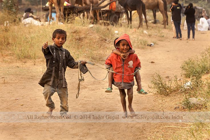 Pushkar Mela - Children playing camel game