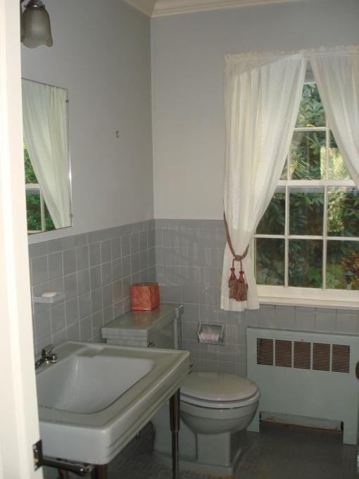 54 Best 50 S Bathrooms Images On Pinterest Bathroom