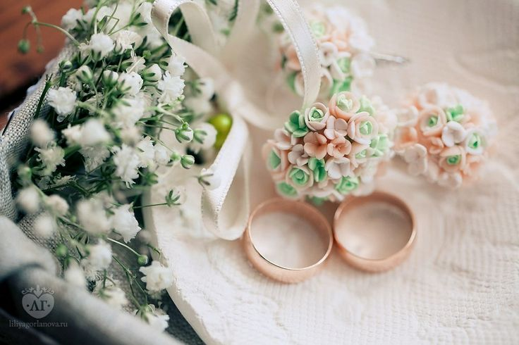 floral ring and earrings