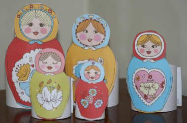 Used these in preschool today for a Russia/Peter & the Wolf unit. Great cutting activity for prekinders. They especially loved it after looking at my matryoshka dolls and counting all the dolls that nested inside.