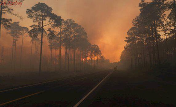 Obří požár v přírodní rezervaci: Hasiči ho asi porazí až za půl roku