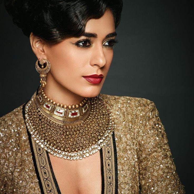 Azva contemporarybridal style withhandcraftedgoldshowstopper necklace  #Goldjewellery #luxury #style