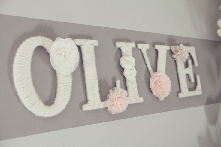 Yarn-wrapped letters in the #nursery - #walldecor: Wall Art, Yarns Wraps Letters, Baby Girl, Yarnwrap Letters, Baby Rooms, Yarns Covers Letters, Girls Nurseries, Fabrics Flowers, Girls Rooms