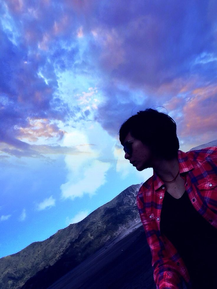 The dreamer lost in the clouds..  #mountbromo #2014 #clouds #dreamer #lost #bromo #nature #backtonature