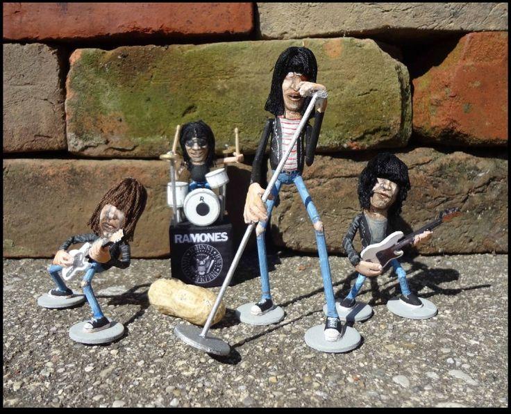 ArachidiStar | Ramones | Steve Casino