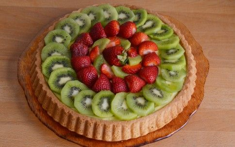 Fruits' Soft Tart    A fresh cake and particularly suitable for the summer season, ideal to be served as a dessert at the end of meals paired with a glass of Recioto di Soave Docg Tre Colli.