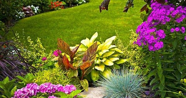 A blog for passionate gardeners with an emphasis on the ...