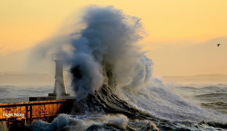 ***Photos of Massive Waves at Kalk Bay in South Africa by Nigel Riley