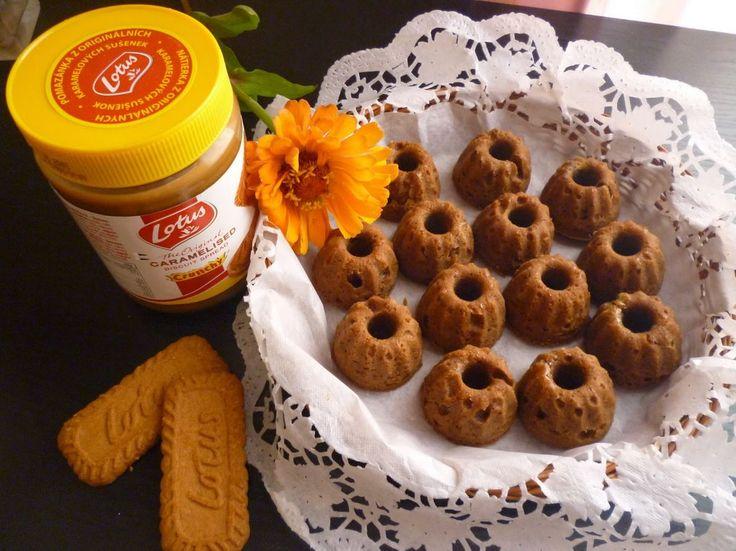 Minibábovičky s příchutí Lotusek, mňam http://veroniqueslife.blogspot.cz/2014/08/roztomile-lotuskove-minibabovicky.html