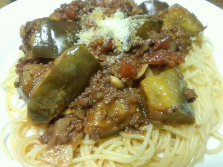 Spaghetti (meat and onion and eggplant)