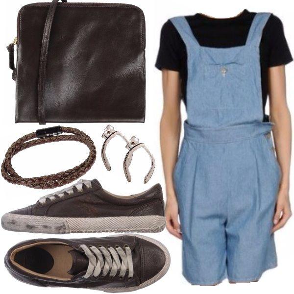 Outfit pensato per una splendida mattina d'estate. La salopette corta di jeans, capo che sta tornando molto di moda, si sposa molto bene con gli elementi in pelle marrone, conferendo all'intero look uno stile delicato e fresco.