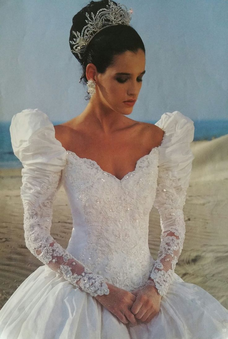 91 best fairy wedding dresses images on pinterest short for Vintage wedding dresses paris