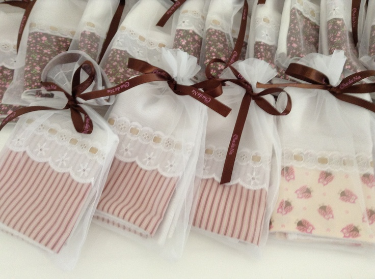 Bridal shower - dishcloths as party gifts