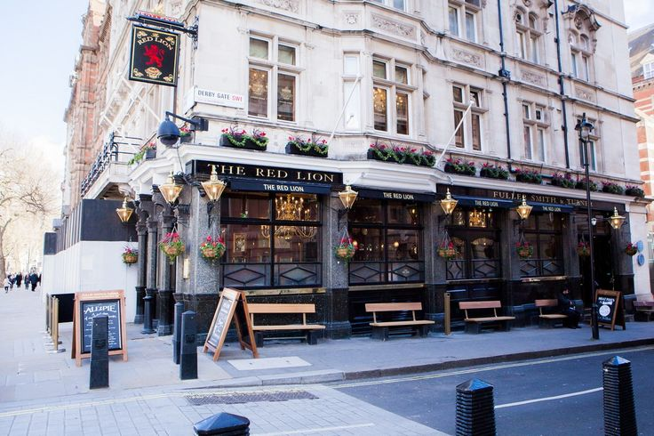 Visit The Red Lion Pub and Restaurant in Westminster for a warm welcome, amazing freshly made pies, great Fuller's beer and a wide range of wines and spirits.