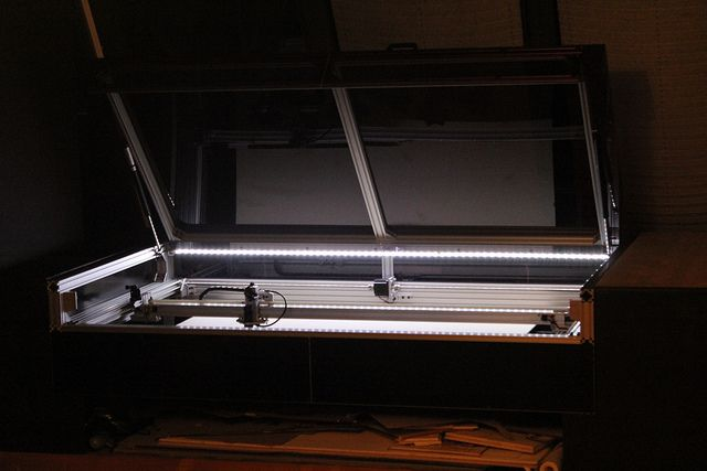 Lasersaur - open source laser cutter