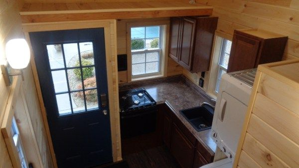 This Is The Cassie Model Thow By Nj Tiny House That S For Sale