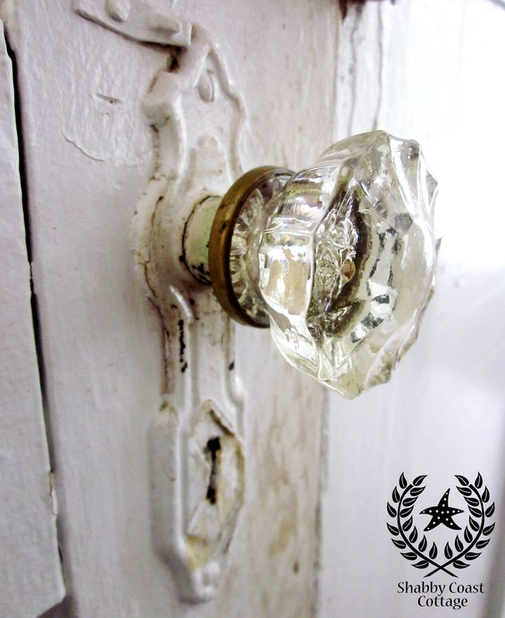 Best 25+ Vintage door knobs ideas on Pinterest | Old door ...