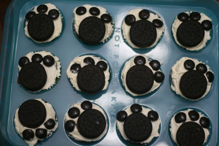 dog themed classroom | dog or bear themed birthday party or for a classroom activity enjoy