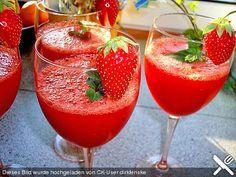 Erdbeer Daiquiri No.1, ein schönes Rezept aus der Kategorie Longdrink. Bewertungen: 39. Durchschnitt: Ø 4,5.