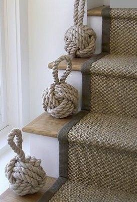 Neutral design style Knot decor on stairs and carpet runner