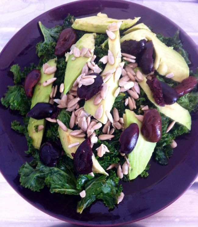 Raw Kale Salad with Avocado, Soaked Sunflower Seeds & Kalamata Olives #vegan #glutenfree #raw
