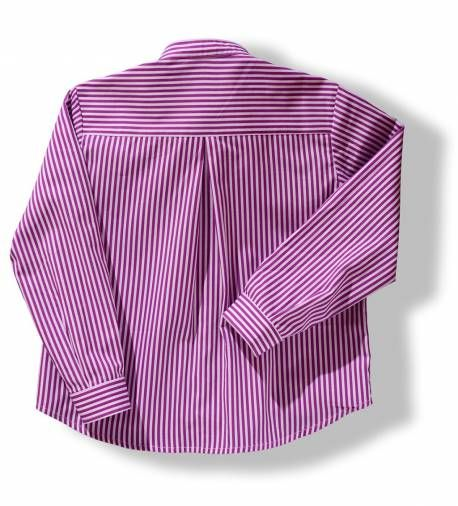 Camisa a rayas moradas