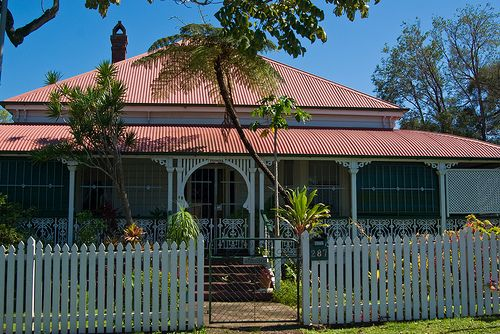 Queenslander Style House at Eagle Junction so very much like my childhood home at Kennedy Terrace.