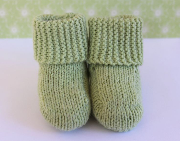 Green Baby Booties, Unisex Baby Booties, Hand Knit Shoes, Green Crib Shoes, Traditional Booties, Baby Slippers,New Baby Gift,Wool Baby Boots by Pinknitting on Etsy