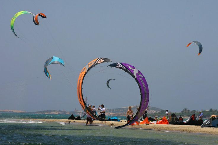 Kiteboarding in Paros island, Greece!!  Photo credits: http://www.holidaysunparos.com/