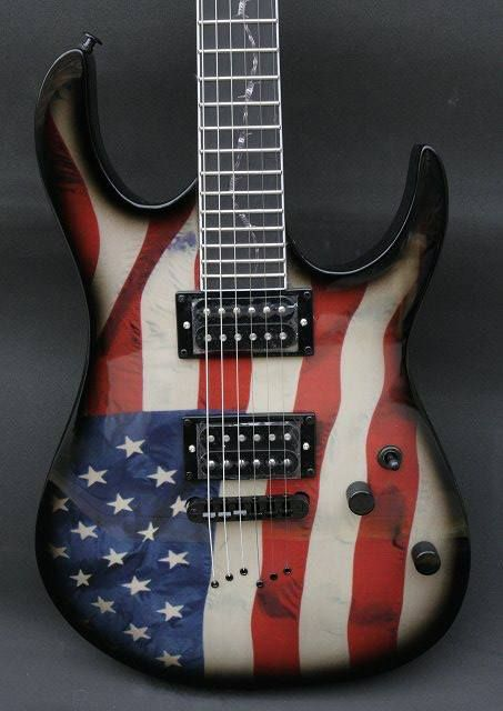 If you have this guitar, you have no choice but to learn how to play Sweet Home Alabama. Cuz 'Murcia