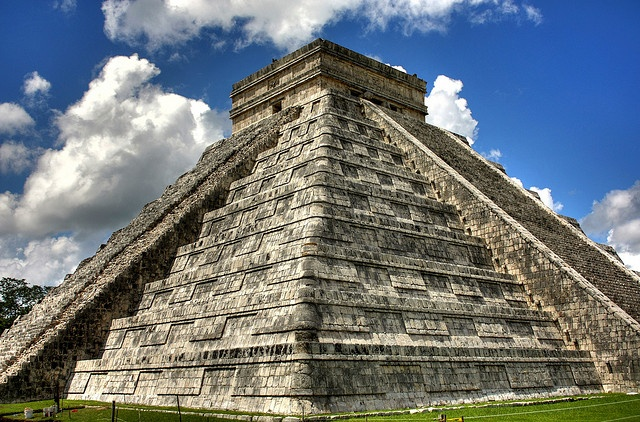 Chichen Itza with some HDR