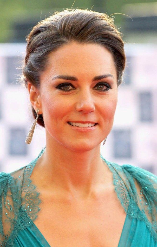 Wedding Hairstyle Kate Middleton : 82 best kate middleton hairstyles images on pinterest