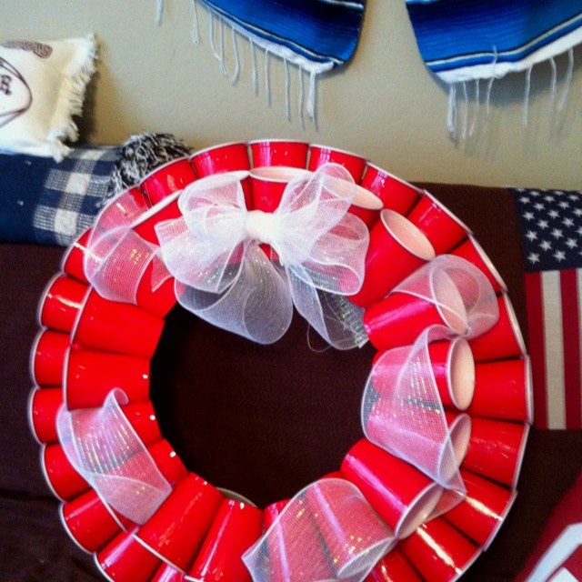 Red Solo Cup wreath for my party