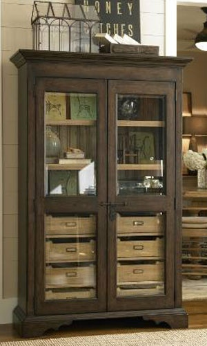 Do This To The Bottom Of The Built In Hutch For Table Linenes