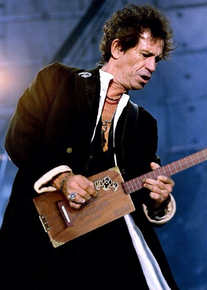 e58ccb054dbbe4d4df35b3d492d85642 guitar parts cigar box guitar 20 best cigar box guitars images on pinterest cigar boxes, cigar keith richards telecaster wiring diagram at reclaimingppi.co