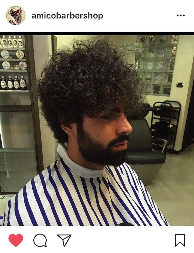 Capelli ricci uomo 2017 A Barber shop