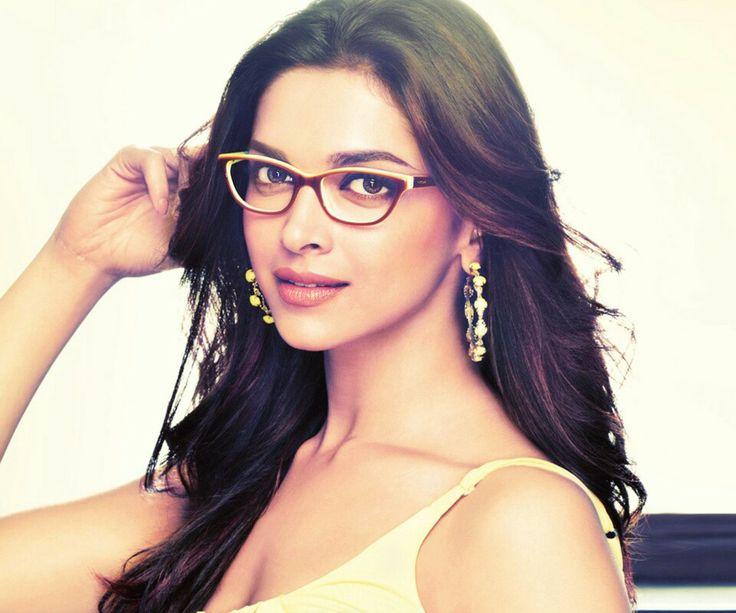 338 best Deepika Padukone Wearing Sunglasses images on ...