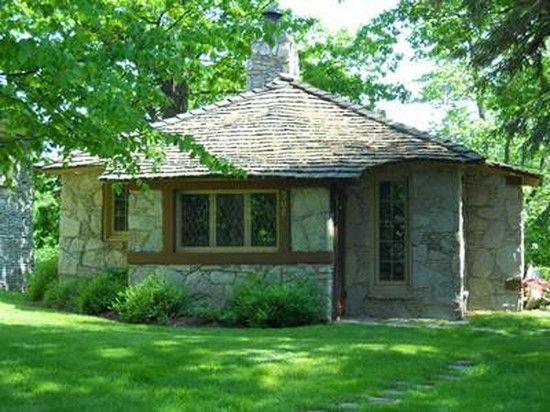 Earl Youngu0027s Mushroom Houses In Charlevoix Michigan