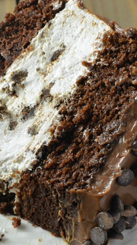 Oreo Cheesecake Chocolate Cake Recipe ~ decadent and delicious