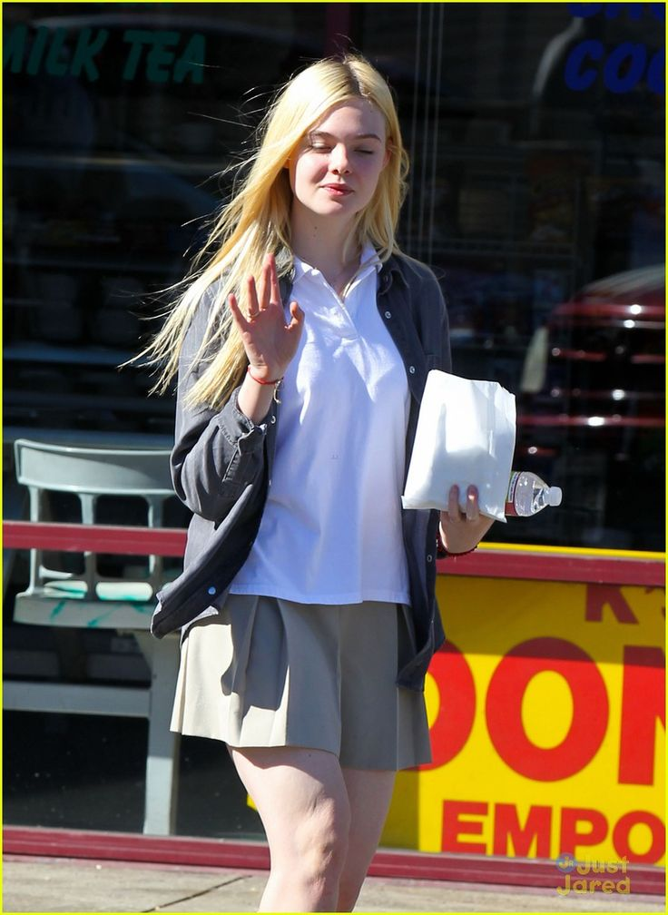 elle fanning sugar rush 09, Elle Fanning picks up a yummy, sugary treat on Tuesday afternoon (November 13) in North Hollywood, Calif.    The 14-year-old actress stopped by K's Donut Emporium…