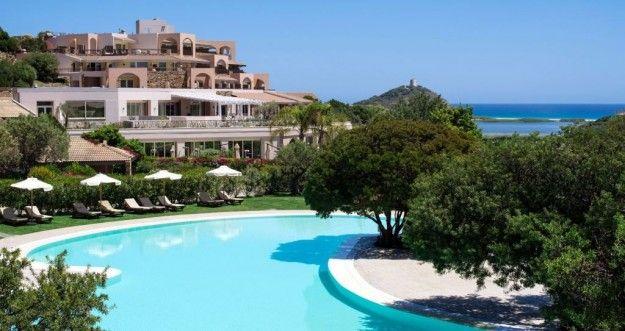 Chia Laguna Resort, vacanze di lusso in Sardegna - Il Resort