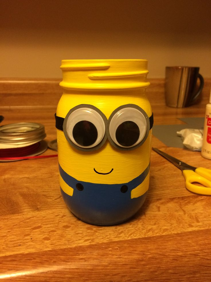 Minion Jar Pencil Holder