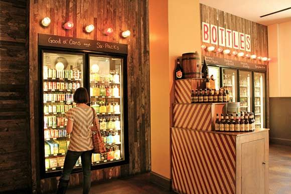 Local 44 Beer Shop: Best place to buy #beer in Philadelphia. And check out their calendar for weekly beer tastings...those can be delicious!