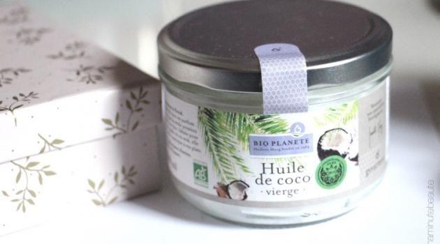 Se démaquiller à l'huile de coco