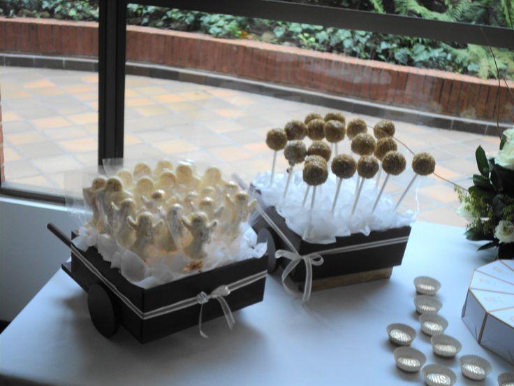 Chocolateria decorada y pops