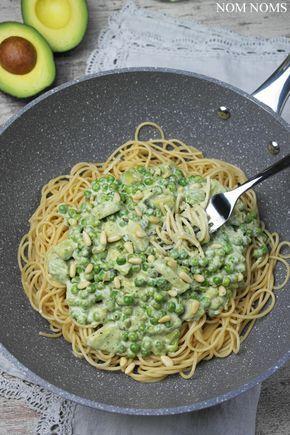 spaghetti mit avocado-erbsen-sauce | spaghetti with avocado peas sauce (vegan)