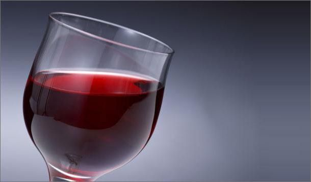 Red, red wine can make you feel so fine but it also has these five amazing health benefits. We'll drink to that!
