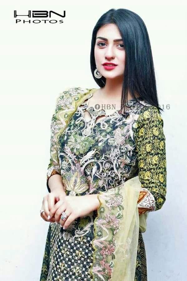 Gorgeous Sarah khan