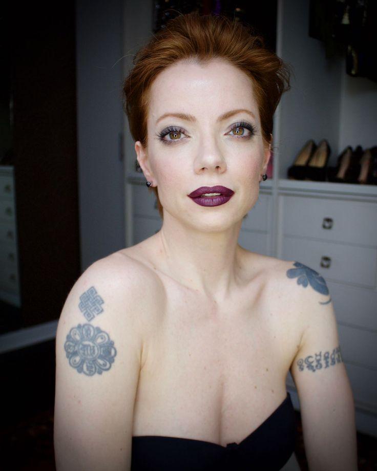 Julia Petit maquiagem meio gótica chique inspirada em Katy Perry